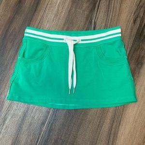Lululemon Kelly Green Cotton Skirt